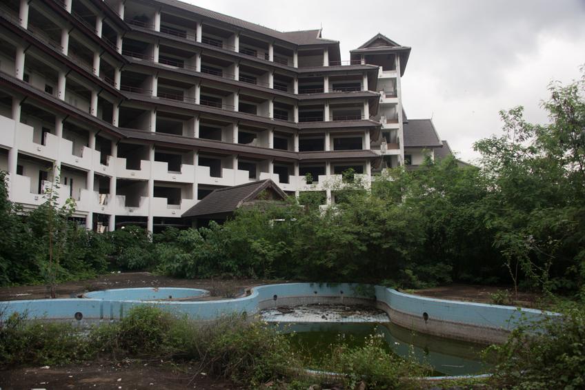 abandoned resort in chiang mai