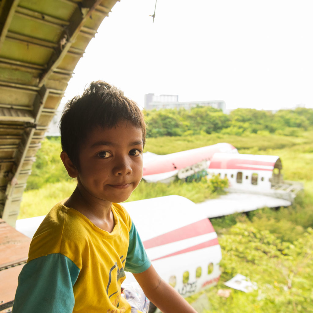 airplane-graveyard-bangkok-boy (2 of 3)